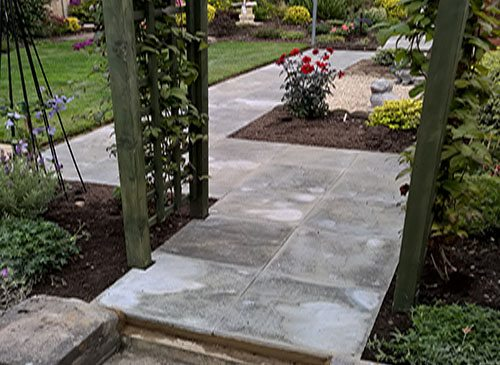 Garden winding path paving