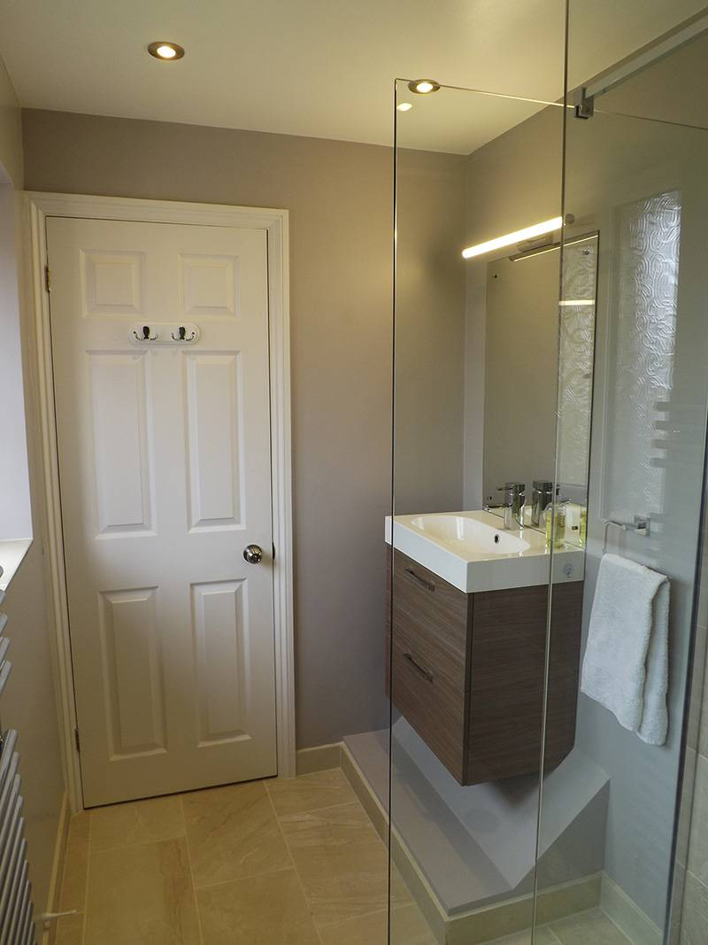 Case-studies-page-ensuite-shower-room-after-toilet